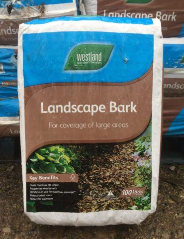 bark mulch landscape